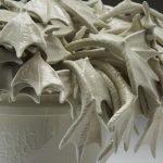 Dactyles – Larus II, porcelaine, glaçure, 38 x 55 x 55 cm (photo: Kohler Co., photographe Rich Maciejewski)